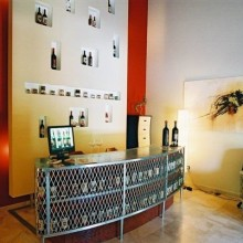 wine store laterale